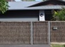Kwikfynd Thatched fencing ainsliensw